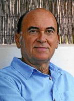 148061_92239_Antonio-Llaguno-el-autor-de-Aqui-no-se-libra-ni-Dios_G